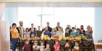 Полтонны фруктов подарила таджикско-узбекская община костанайским детям