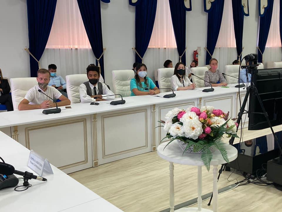 Встреча с представителями этносов Жамбылской области состоялась в рамках празднования Дня языков народа Казахстана